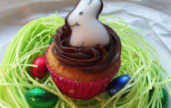 Oster-Cupcake-Hase